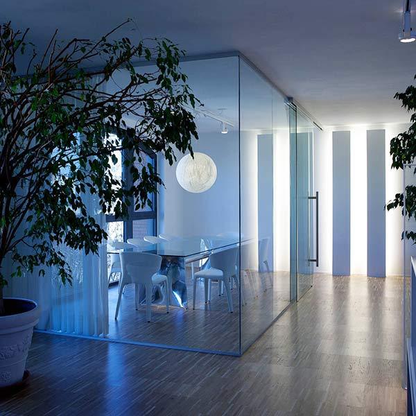 Pareti divisorie in vetro di design per uffici