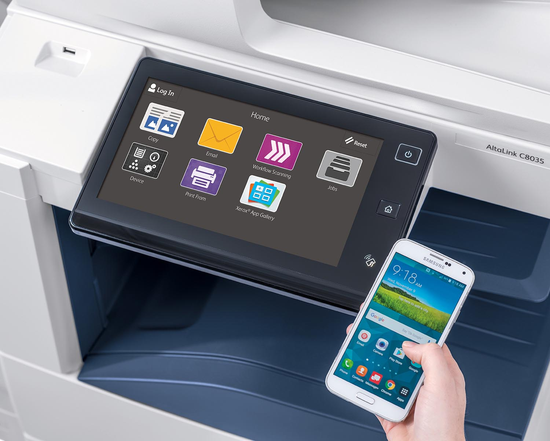 Stampante multifunzione Xerox sincronizzata con lo smartphone